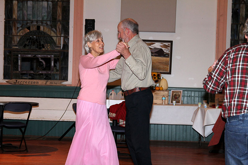 Square Dance Homespun Occasions 2017 3487